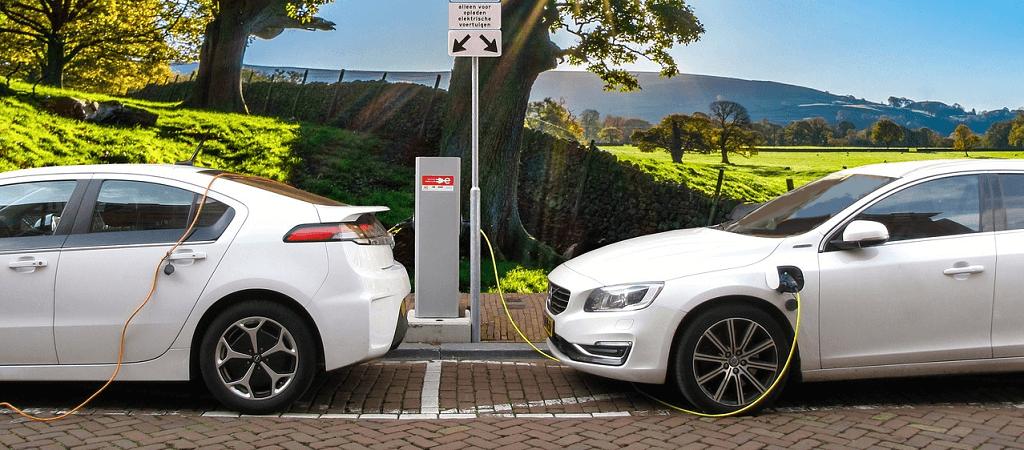 Autogipfel – höhere Kaufprämie für E-Autos und mehr Ladestationen