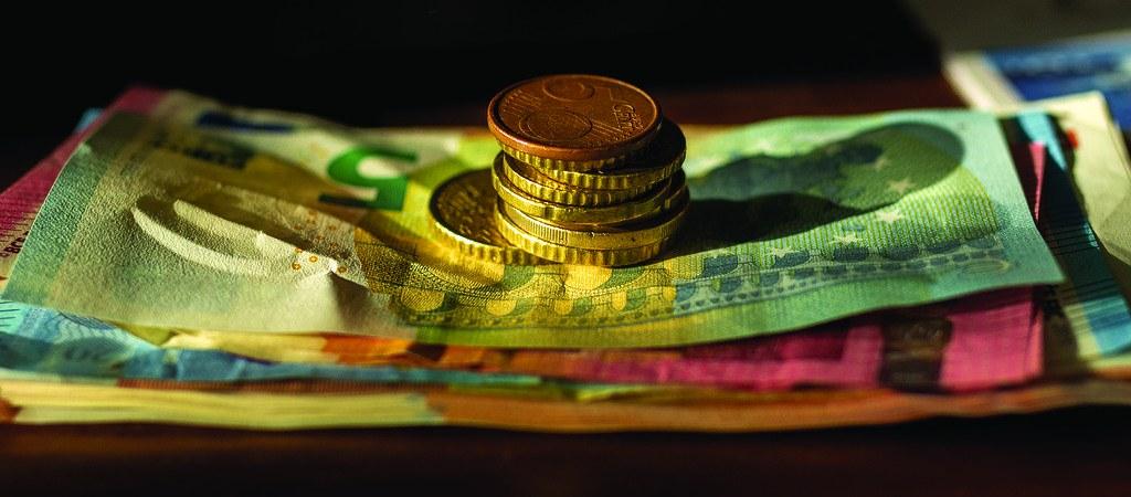 Geldscheine als Entlohnung